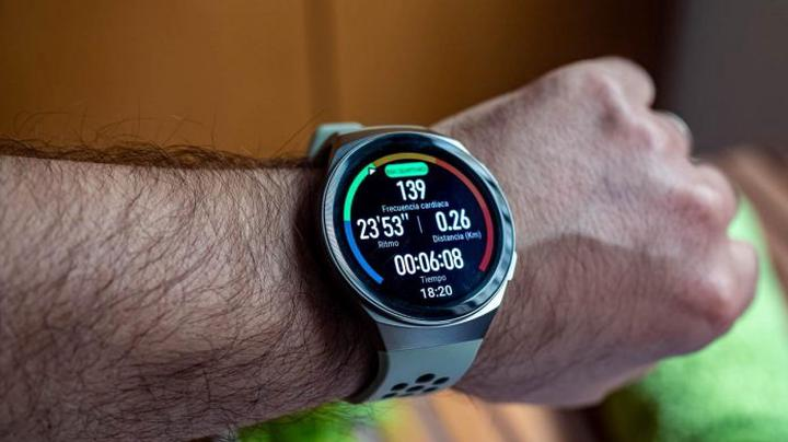this-sports-smartwatch-from-huawei-at-half-price-in-a-historic-offer-from-amazon-technology